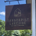 Vanderbilt Lakeside Bar Room & Guesthouse